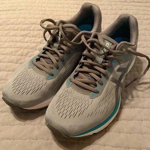 Ascis GT-1000 7 Running Shoes